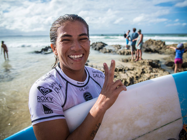 silvana-lima- surfeuse moche