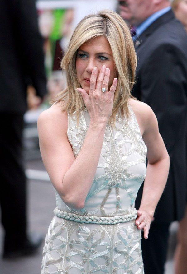 jennifer ANISTON vieille