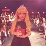 Canada : un garçon de 8 ans se produit dans des shows de drag queens