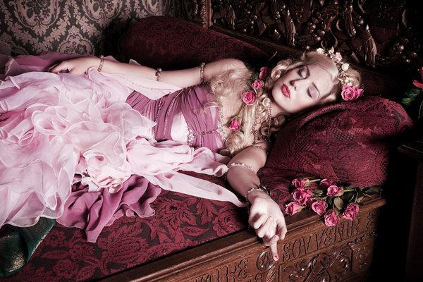 belle au bois dormant sexiste
