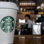 Nouveau règlement chez Starbucks : plus besoin de faire un achat pour s'asseoir dans le café ou utiliser les toilettes